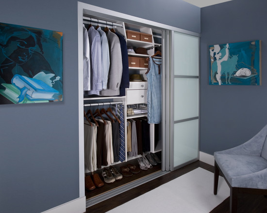 His Hers Reach In Closet (New York)